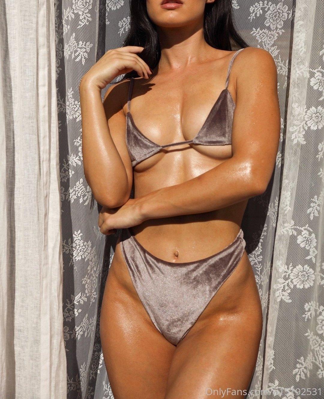Alanna Dergan Alannnna Onlyfans Nudes Leaks 0021