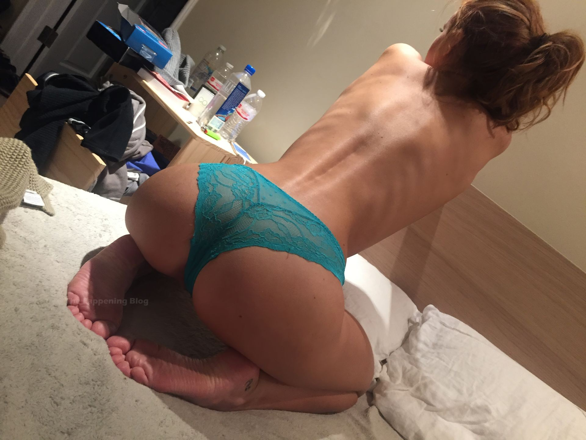 Bella Thorne Leaked The Fappening 0010