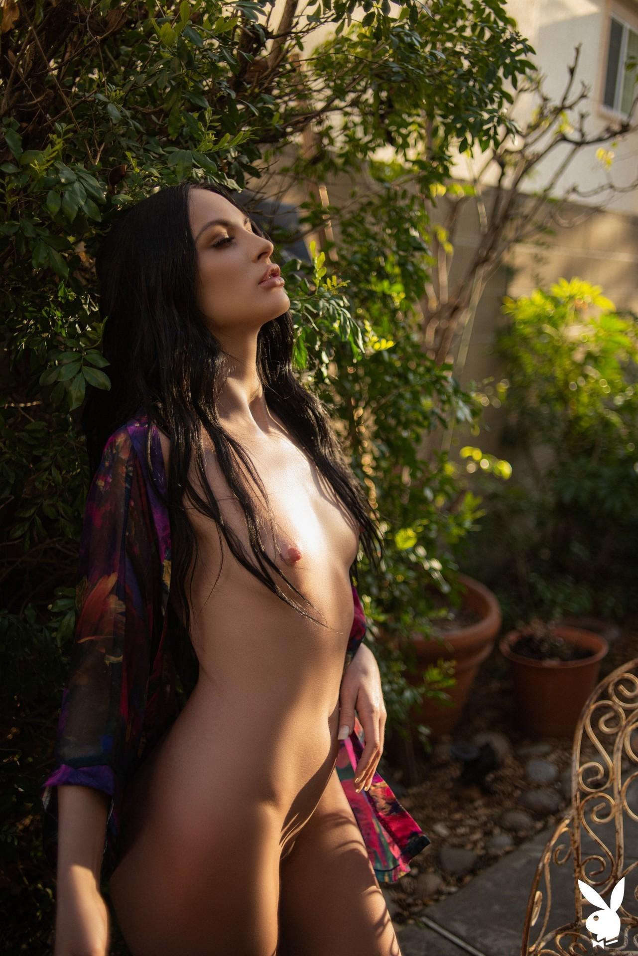 Carissa White In Glamour Garden Playboy Plus (20)