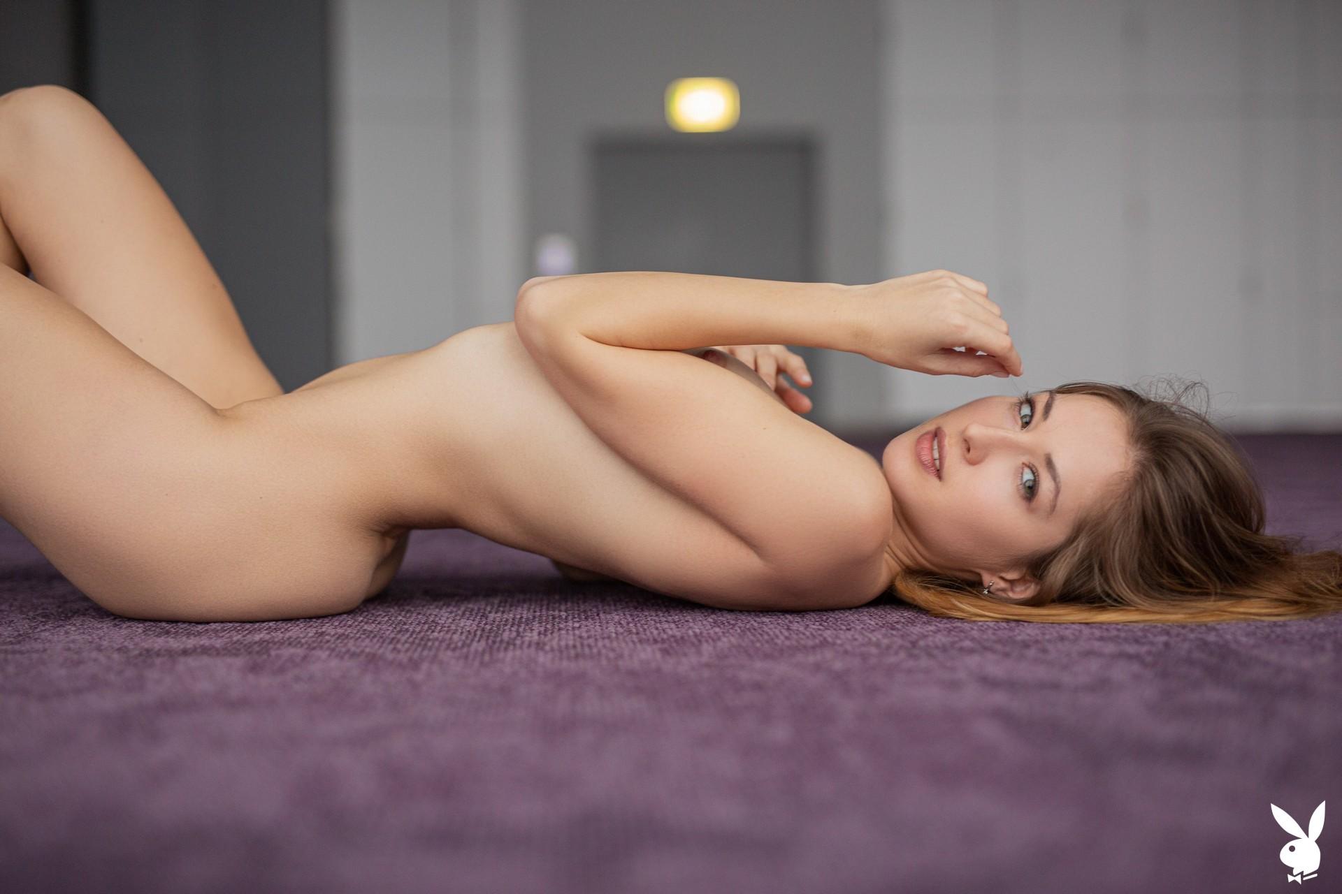 Diana Lark In Fluid Movements Playboy Plus (20)