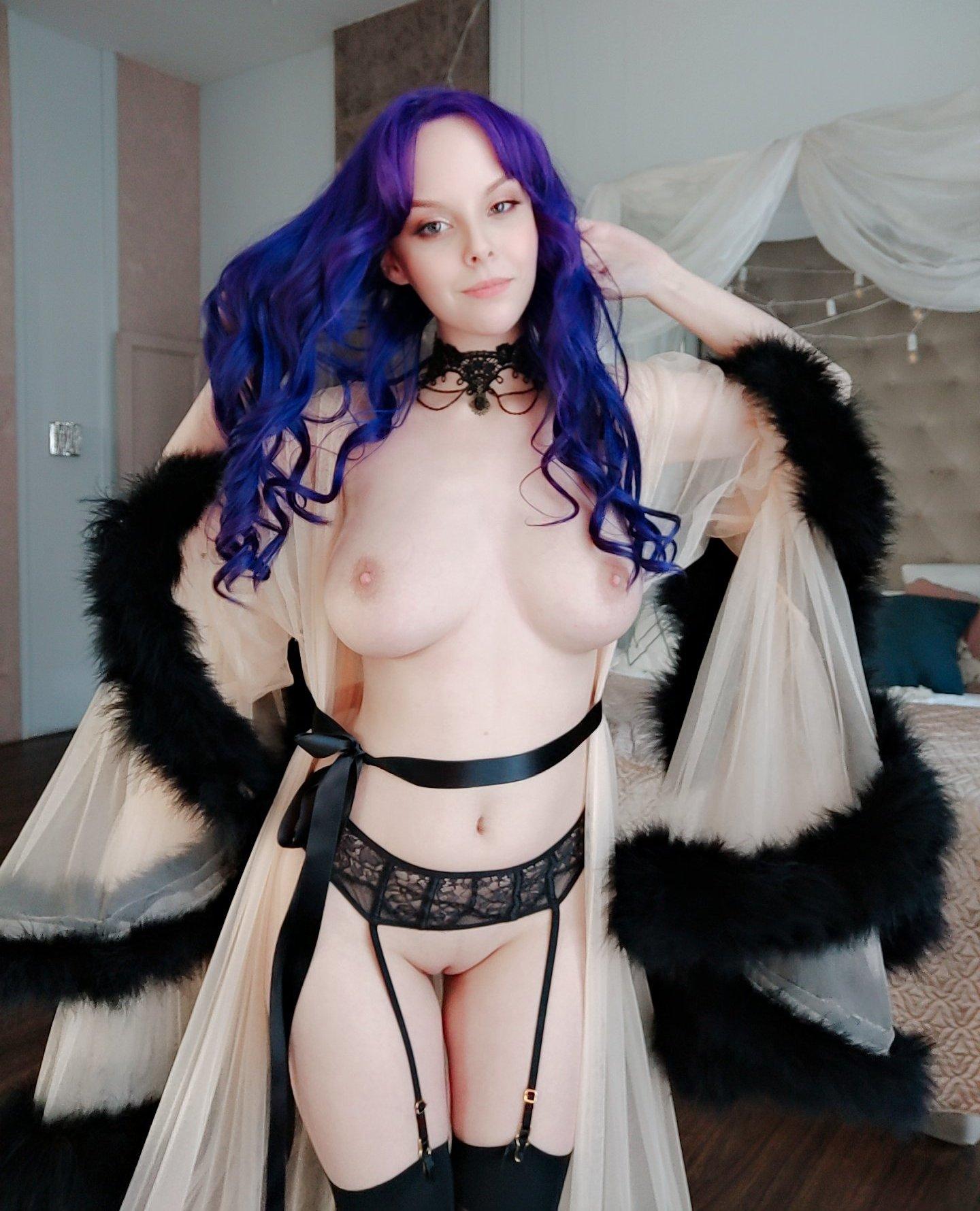 Helly Von Valentine Patreon Nude Leaks 0003