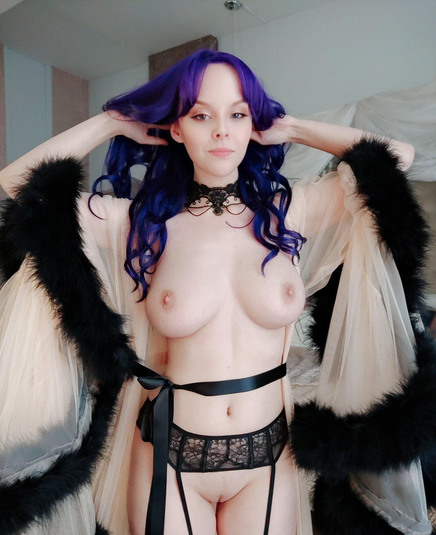 Helly Von Valentine Patreon Nude Leaks 0014