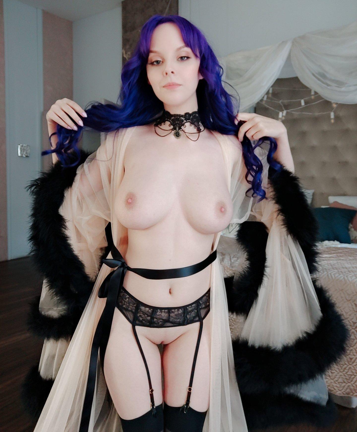 Helly Von Valentine Patreon Nude Leaks 0021