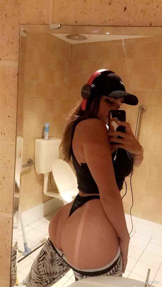 Jem Wolfie Nude Shower Onlyfans Photos Leaked 0009