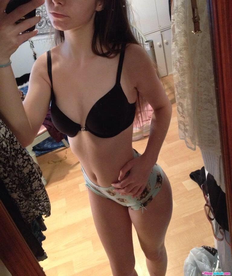 Julie Sadkitcat Onlyfans Nude Leaks 0036