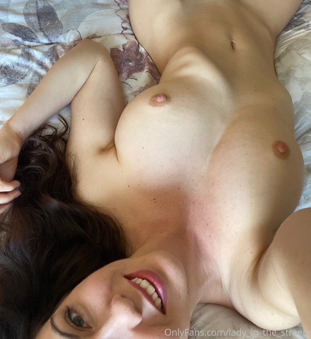 Lady In The Streets Onlyfans Nudes Leaks (0019