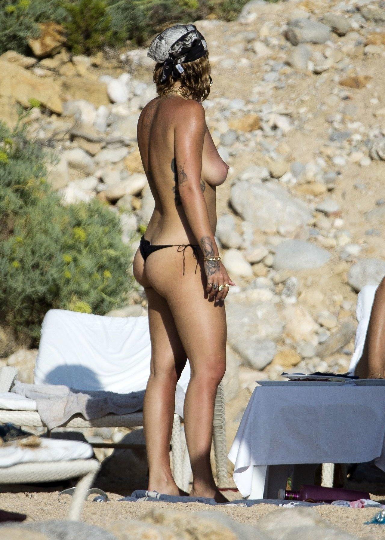 Rita Ora Instagram Nude Leaks 0016