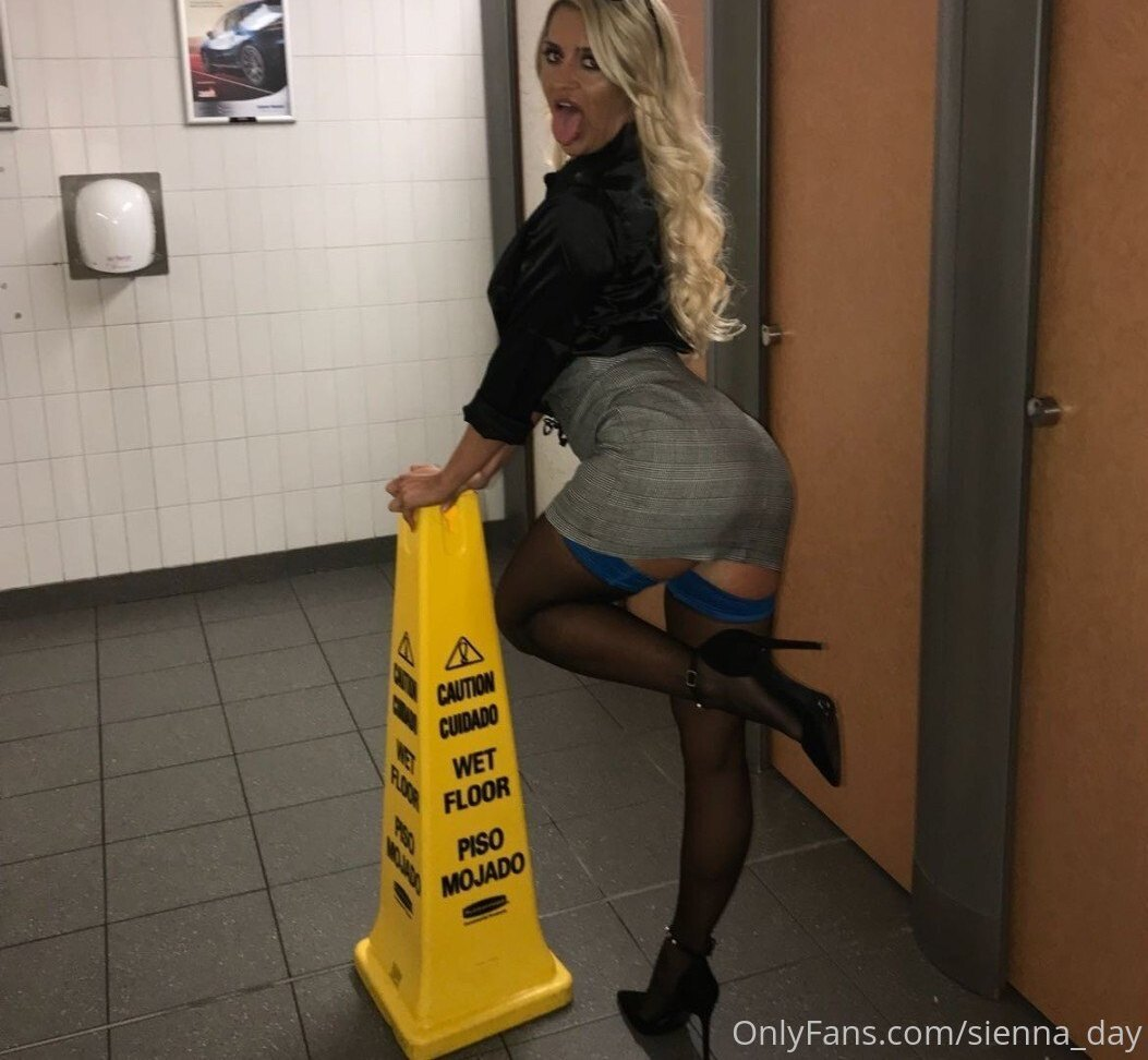 Sienna Day Sienna Day Onlyfans Nudes Leaks 0018