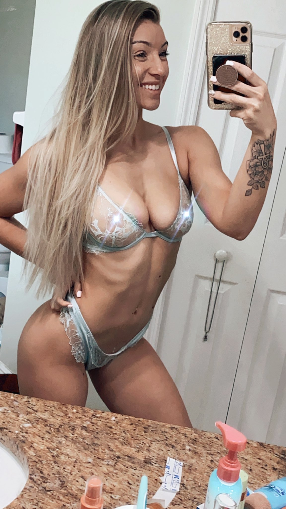 Therealbrittfit Nude Onlyfans Brittney Leaked! 0021