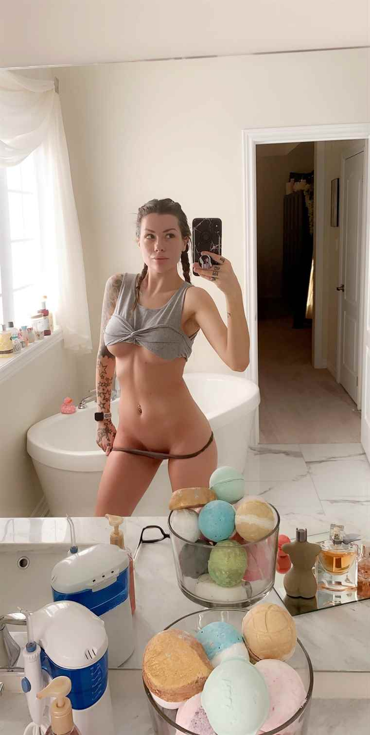 Vera Bambi Nude Patreon Photos Leaked 0027