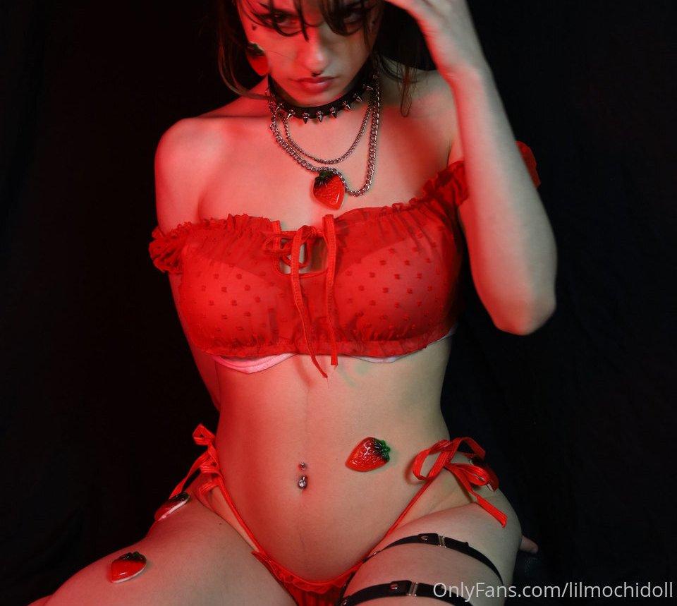 Vivian Bummed Lilmochidoll Patreon Sexy Leaks 0010