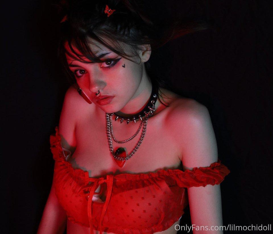 Vivian Bummed Lilmochidoll Patreon Sexy Leaks 0013