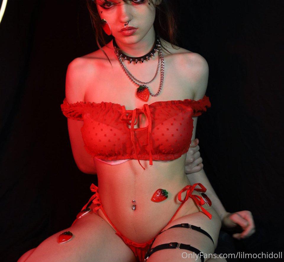 Vivian Bummed Lilmochidoll Patreon Sexy Leaks 0022