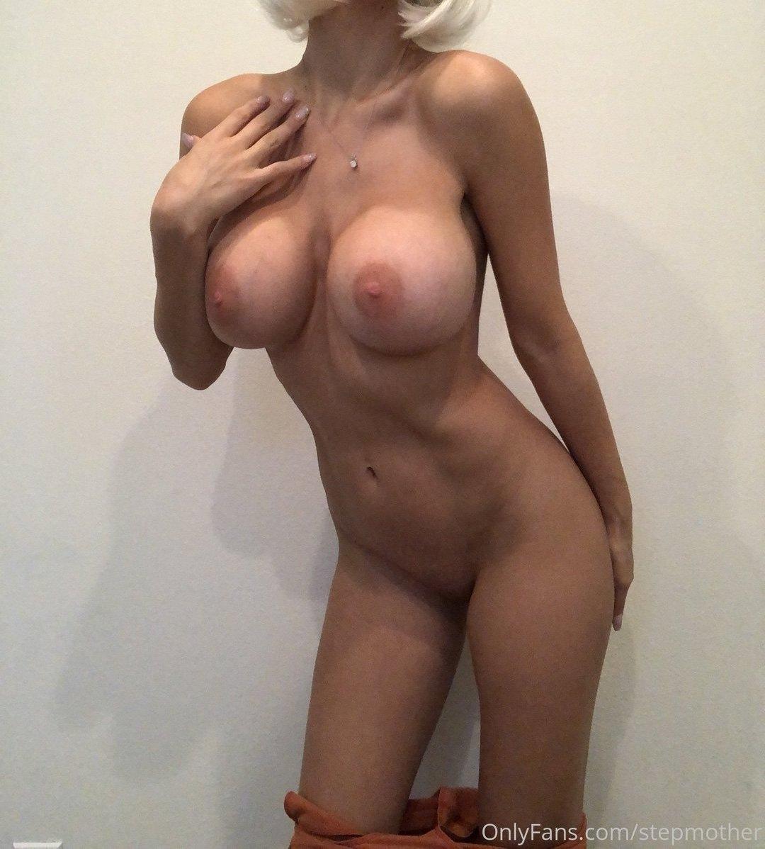 Zayla Skye Stepmother Onlyfans Nudes Leaks 0006