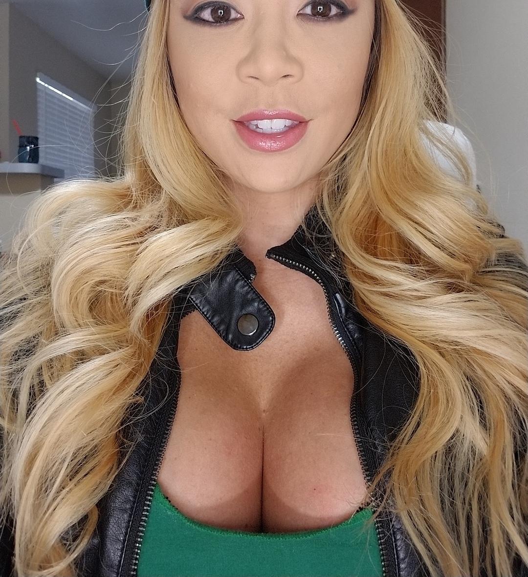 Mia Lelani Mialelanixxx Onlyfans Nudes Leaks 0031