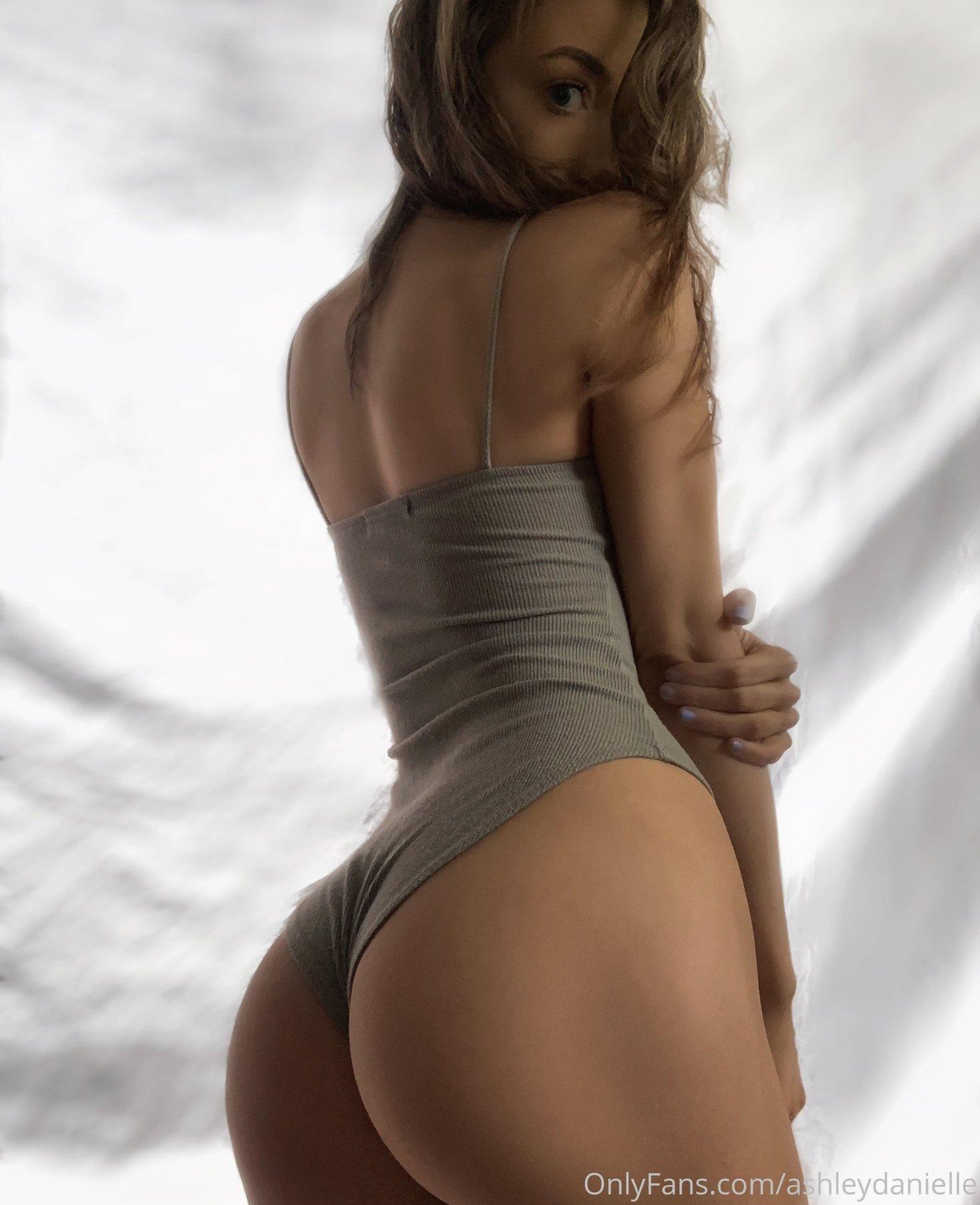 Ashley Danielle Ashleydaniellexox Onlyfans Nude Leaks 0007
