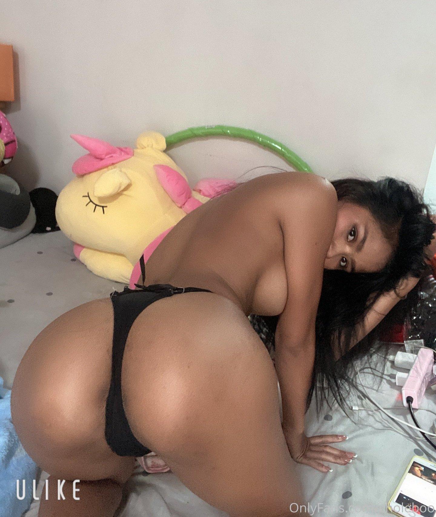 Chloe Choleboo Onlyfans Nude Leaks 0037