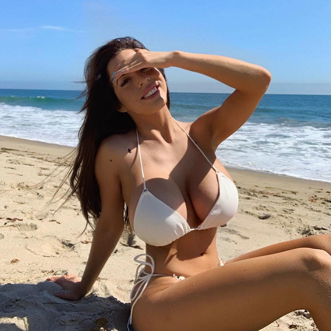 Danielley Ayala Nude Snapchat Photos 0007