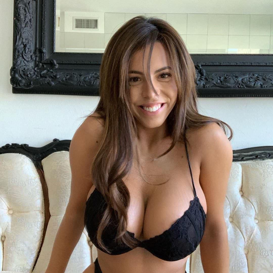 Danielley Ayala Nude Snapchat Photos 0053