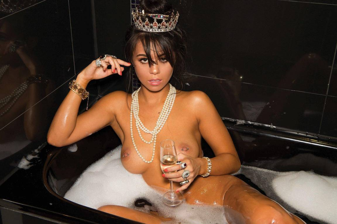 Desiree Schlotz Nude Onlyfans Leaked 0123