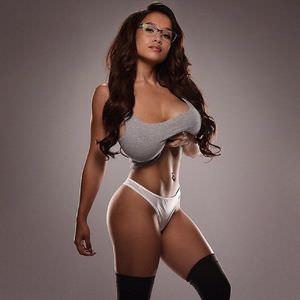 Elizabeth Anne Pelayo Nude & Sex Tape Leaked! 0035