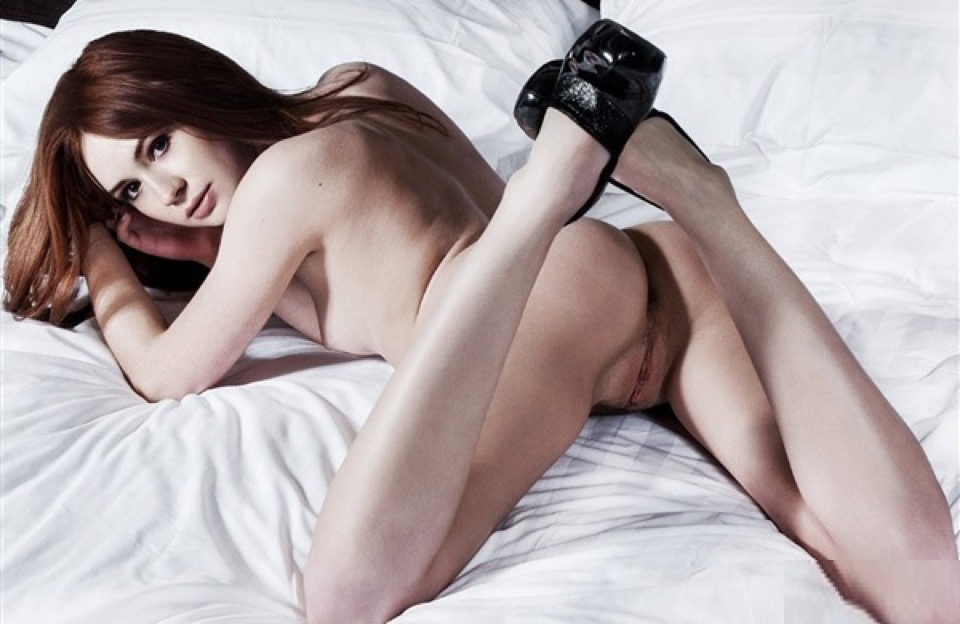 Karen Gillan Nudes Photos Leaked 0014