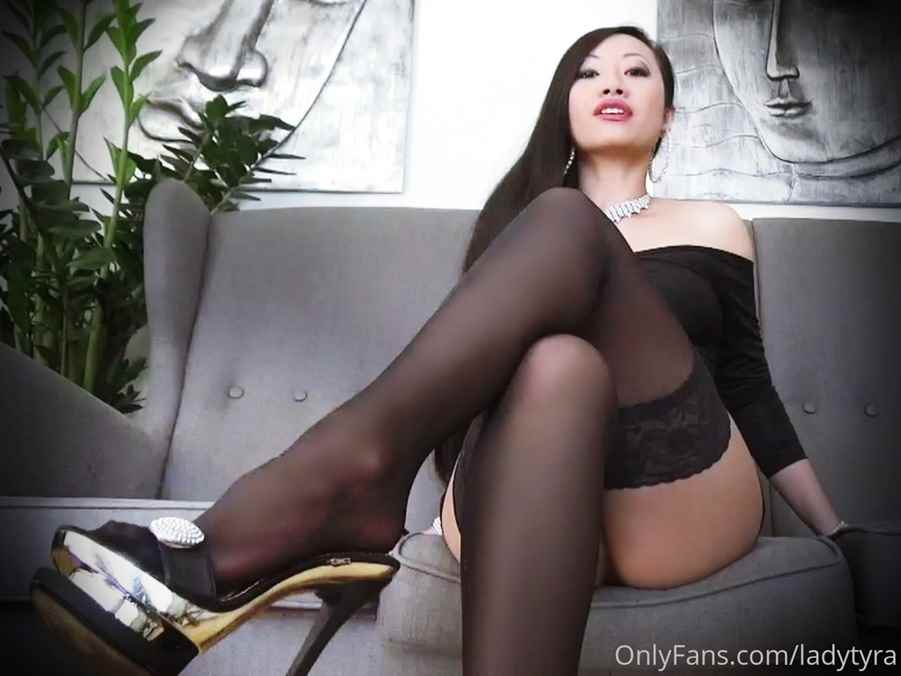 Ladytyra Nude Onlyfans Photos Leaked 0032