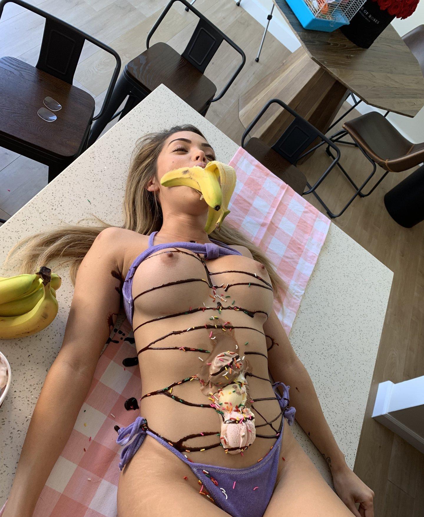 Lana Rhoades Lanarhoades Onlyfans Nude Leaks 0009
