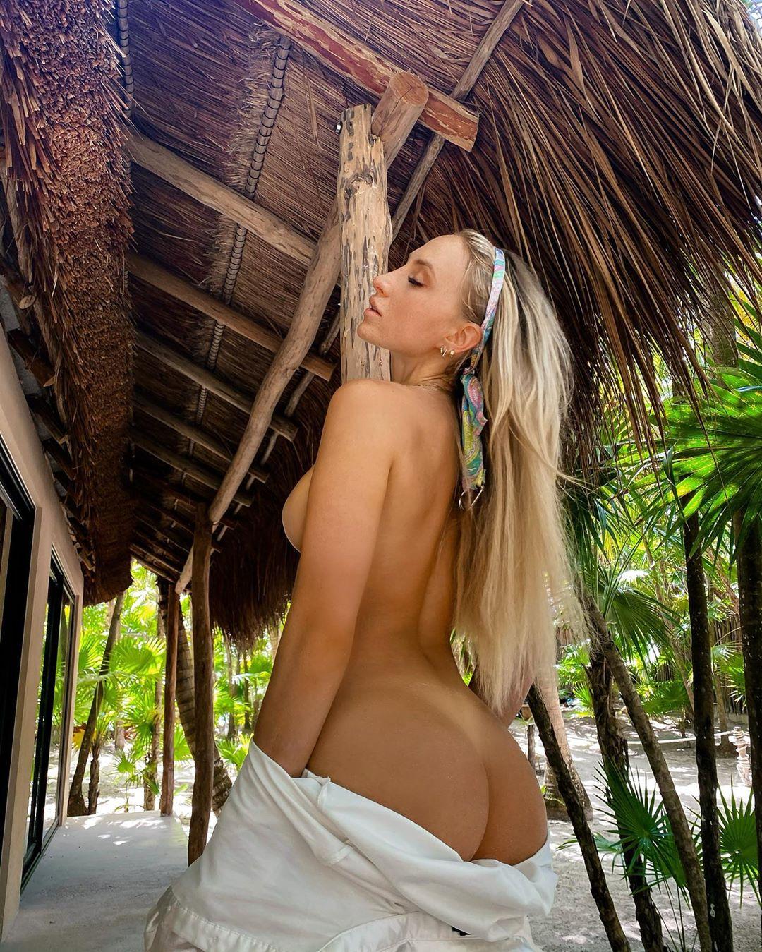 Lauren Dascalo Nude & Sex Tape Onlyfans Leaked 0012
