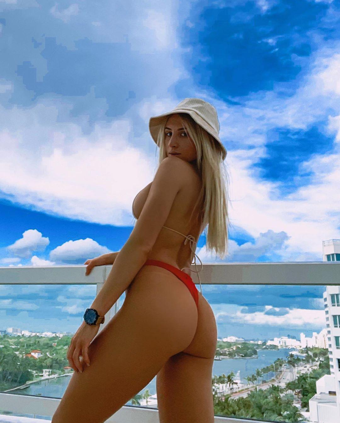 Lauren Dascalo Nude & Sex Tape Onlyfans Leaked 0022