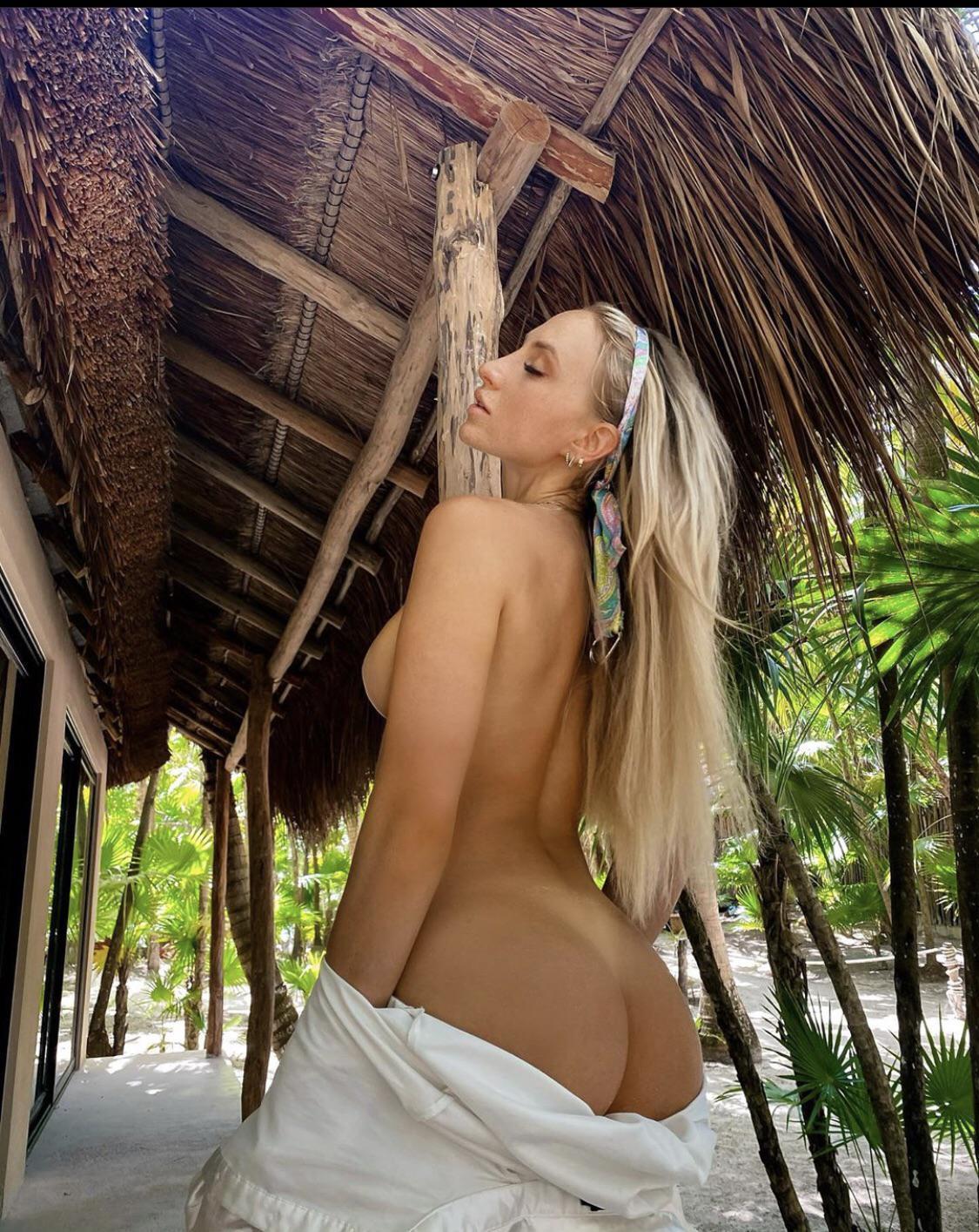 Lauren Dascalo Nude & Sex Tape Onlyfans Leaked 0048