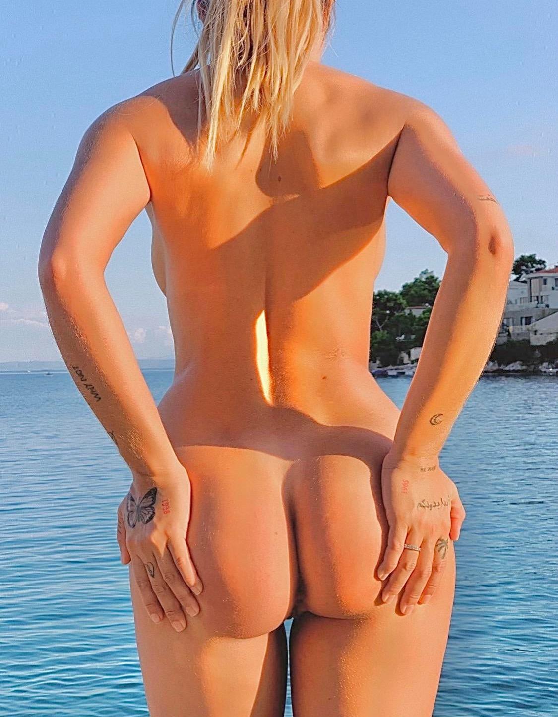 Mathilde Tantot Nude Onlyfans Leaked! 0002