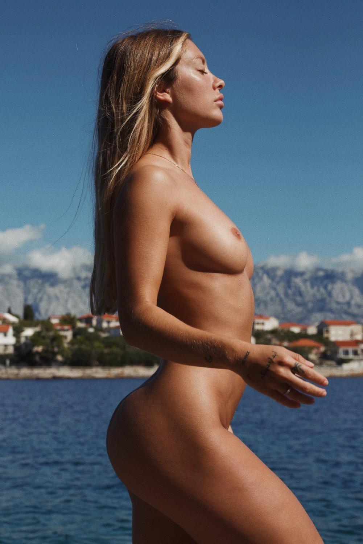 Mathilde Tantot Nude Onlyfans Leaked! 0023