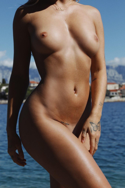 Mathilde Tantot Nude Onlyfans Leaked! 0025
