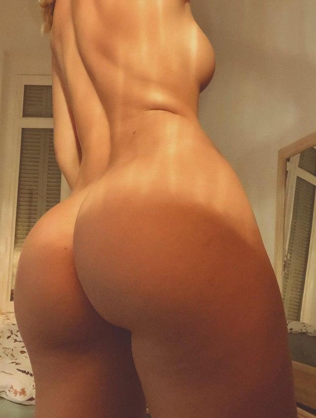 Mathilde Tantot Nude Onlyfans Leaked! 0039