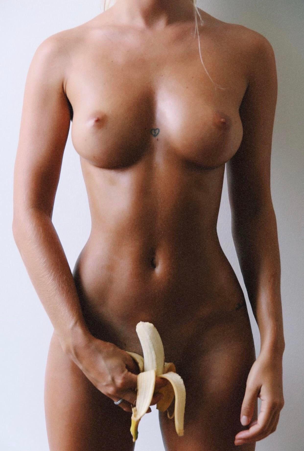 Mathilde Tantot Nude Onlyfans Leaked! 0072
