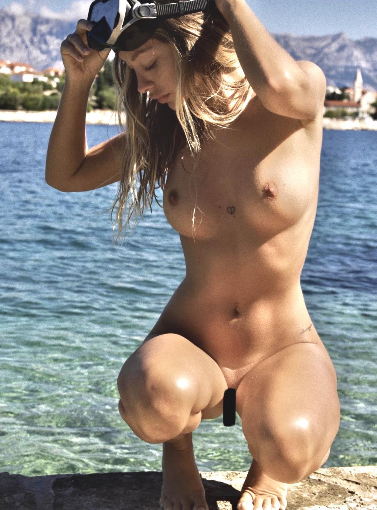 Mathilde Tantot Nude Onlyfans Leaked! 0075