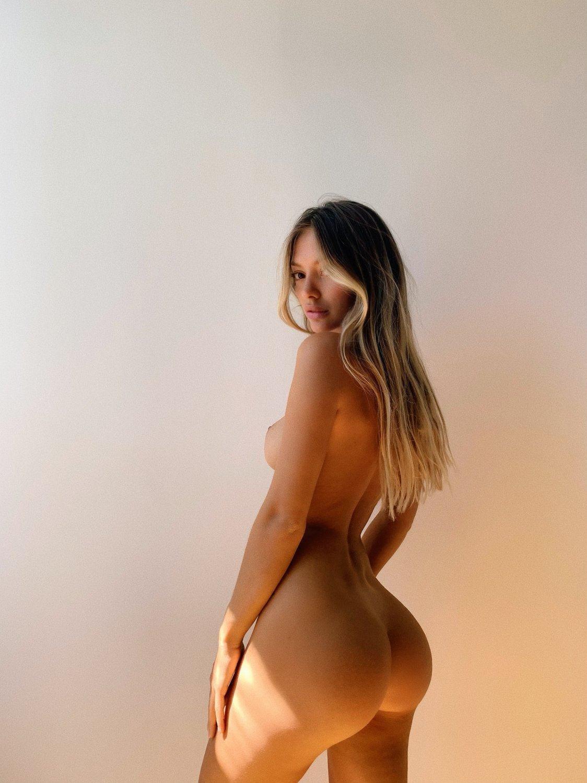 Mathilde Tantot Nude Onlyfans Leaked! 0078