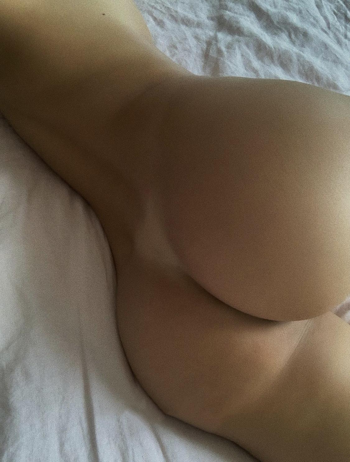 Mathilde Tantot Nude Onlyfans Leaked! 0084