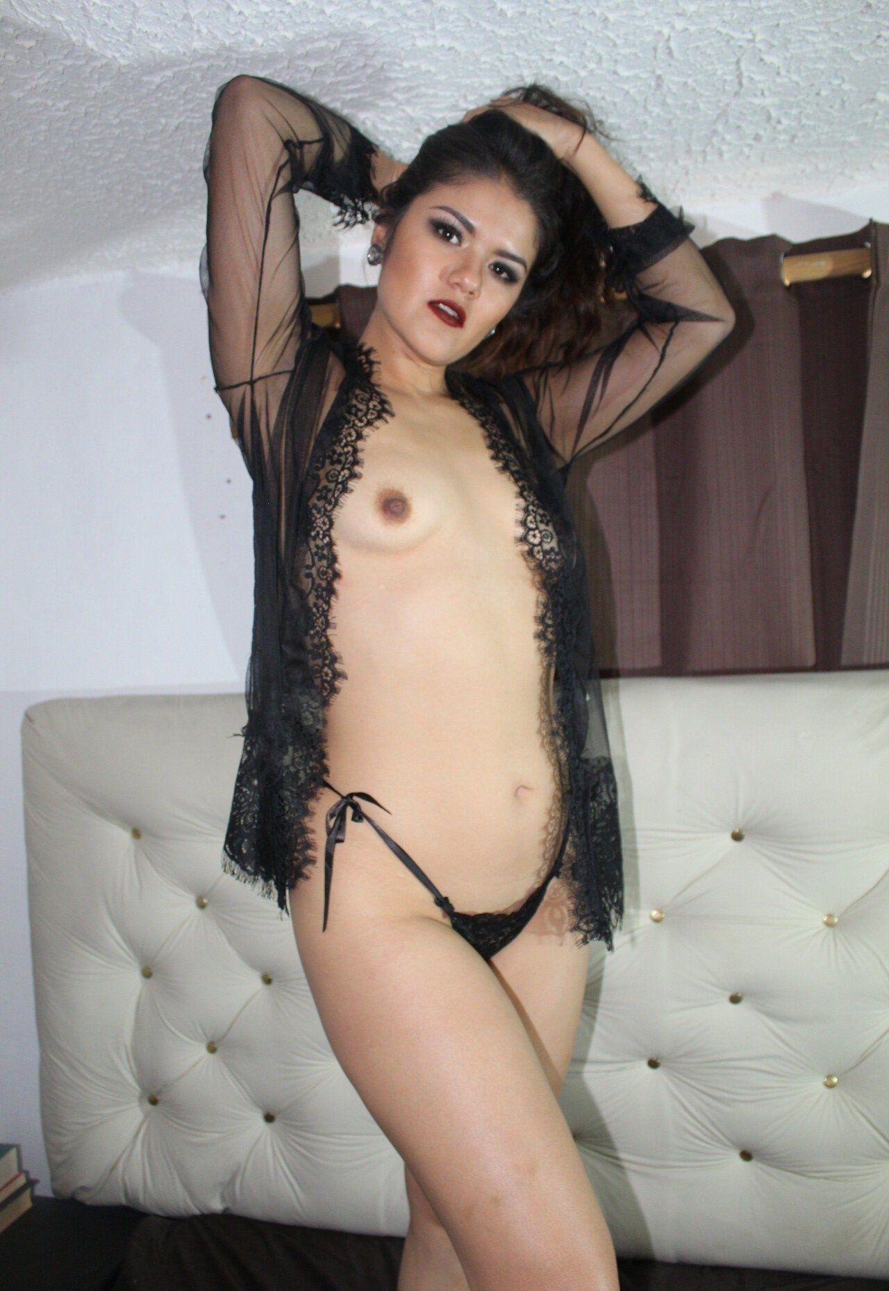 Mei Cornejo Onlyfans Leaked Nudes 0013