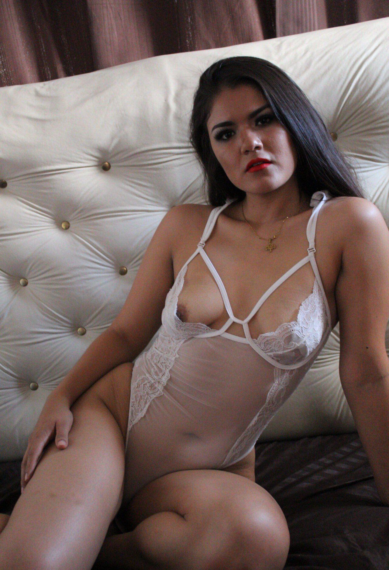 Mei Cornejo Onlyfans Leaked Nudes 0027