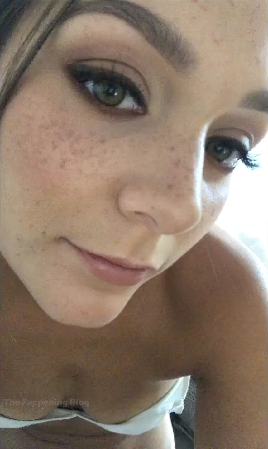Nadine Mulkerrin Nude Leaked The Fappening 0007