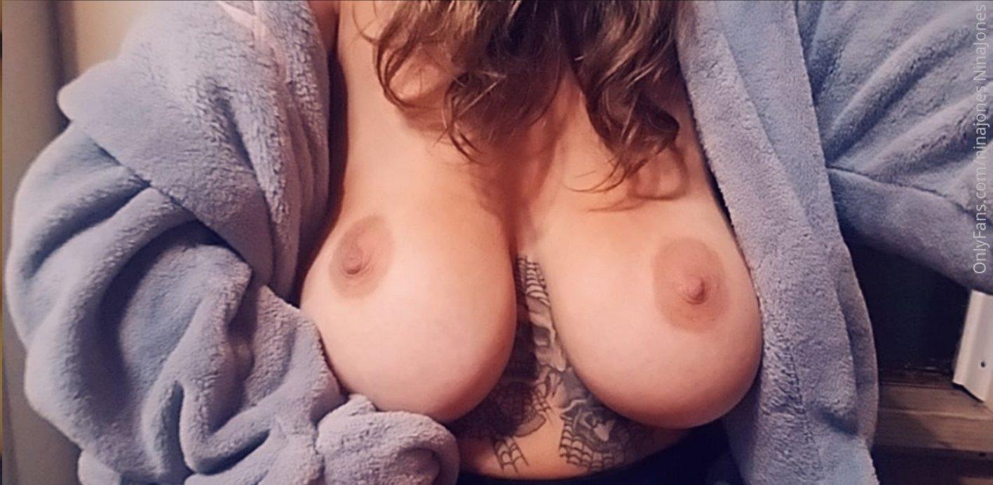 Nina Jones Ninajones Onlyfans Nude Leaks 0014