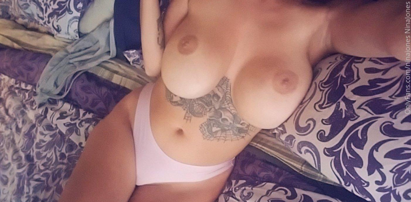 Nina Jones Ninajones Onlyfans Nude Leaks 0017