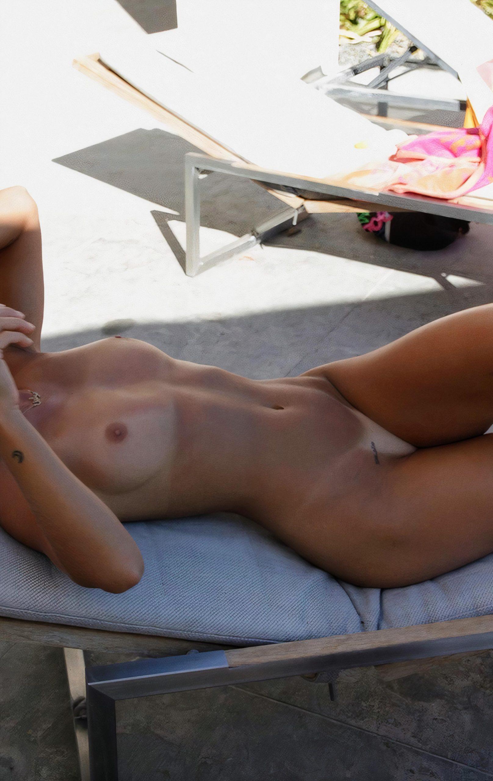 Pauline Tantot Nude Onyfans Leaked 0011