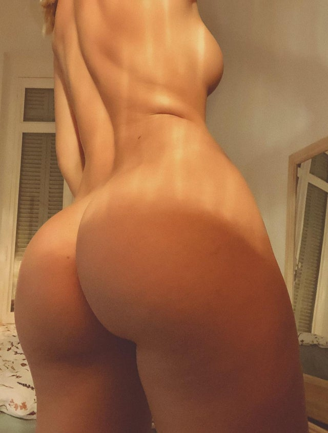 Pauline Tantot Nude Onyfans Leaked 0039