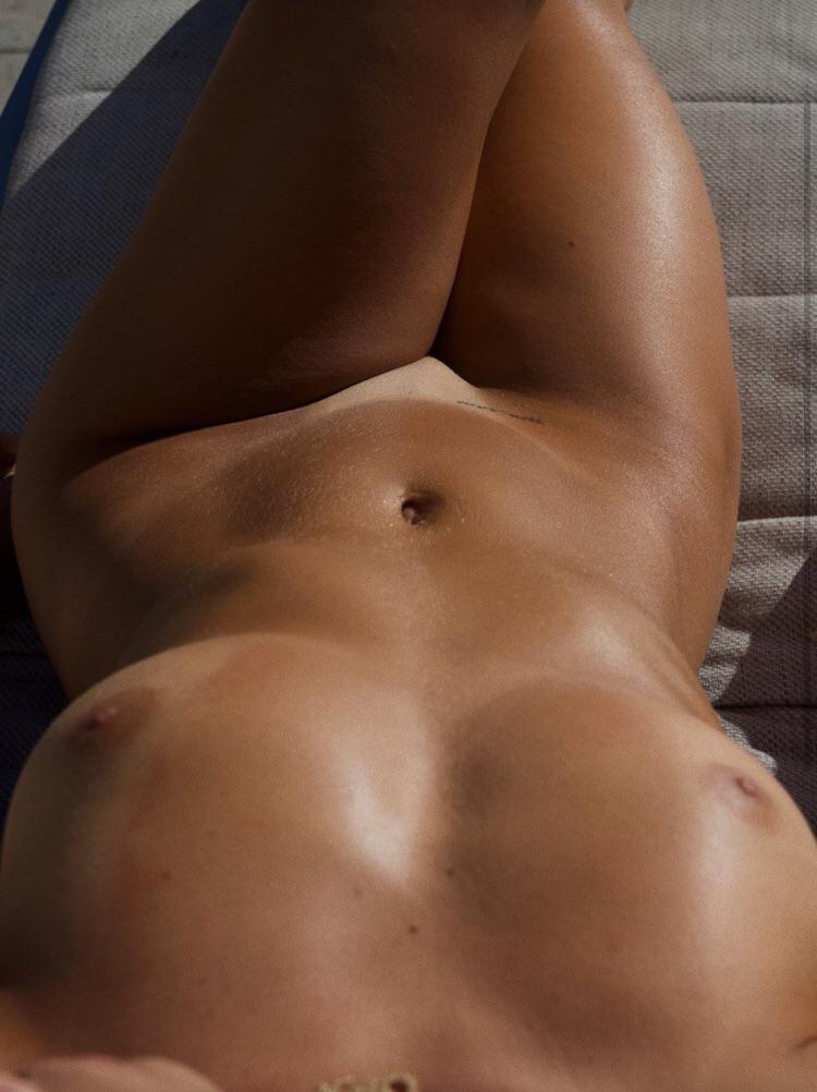 Pauline Tantot Nude Onyfans Leaked 0087