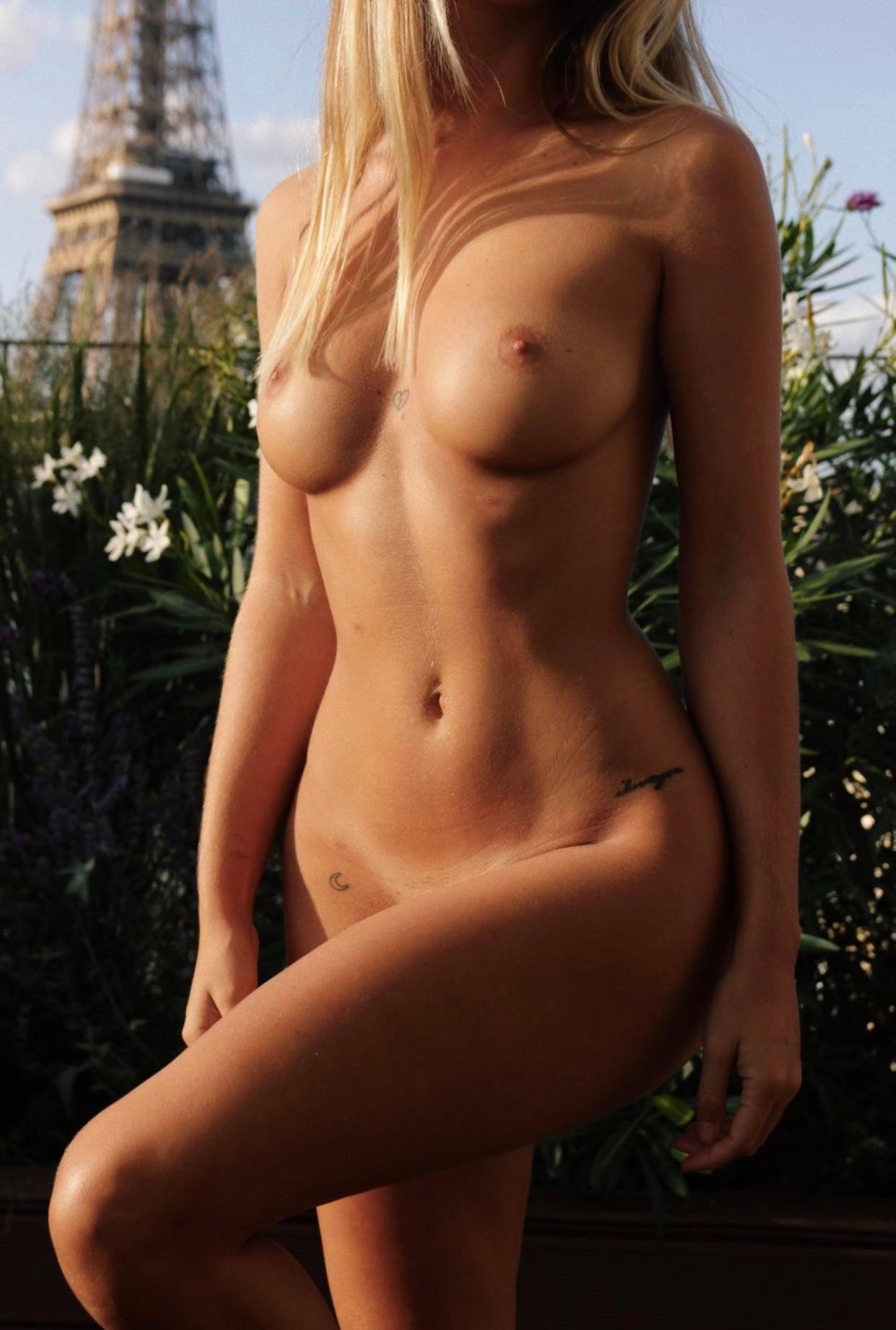 Pauline Tantot Nude Onyfans Leaked 0090