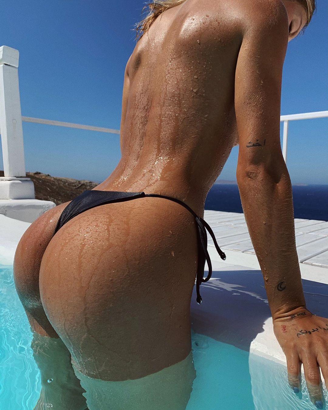 Pauline Tantot Nude Onyfans Leaked 0110