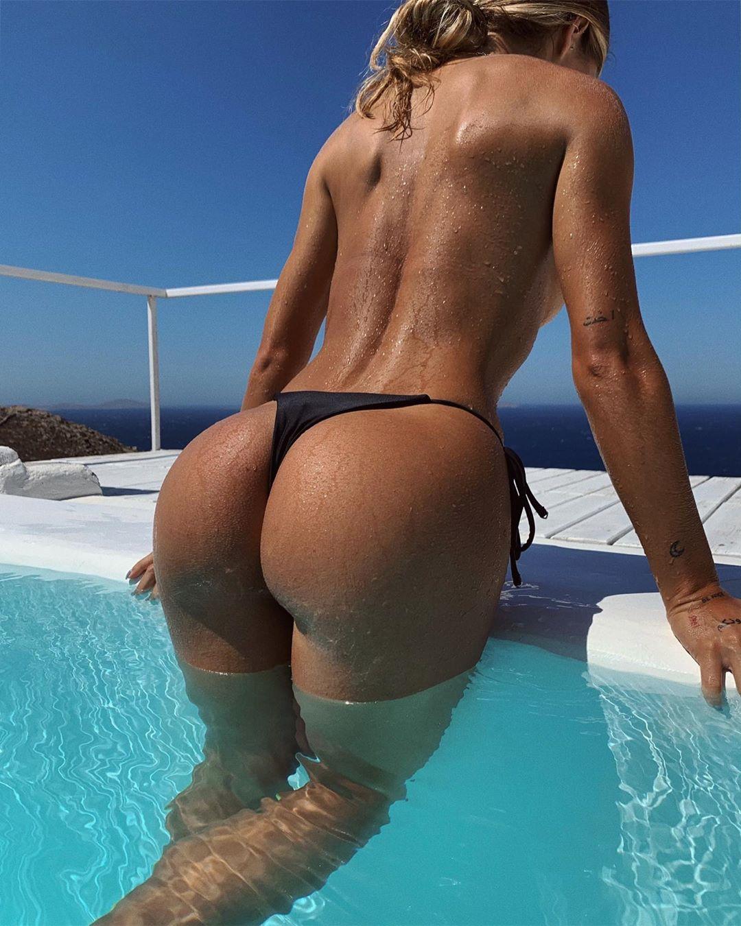 Pauline Tantot Nude Onyfans Leaked 0111